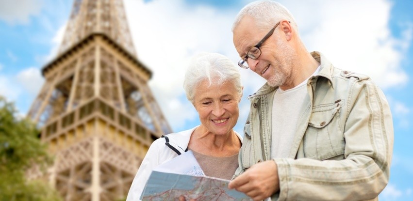 9 carreiras para seguir pensando no público de idosos